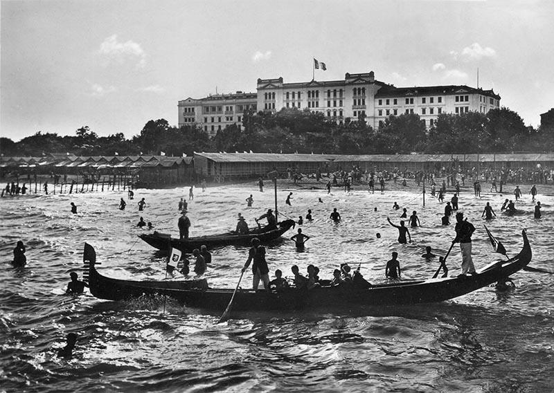 Hotel les Bains   Historische Postkarte